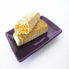 Lemon flavour crunchy snack bar